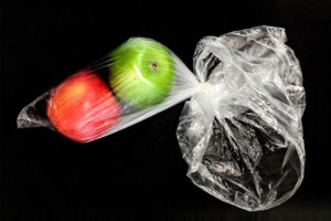 Schadelijke chemicaliën komen via plastic voedselverpakkingen in ons lichaam terecht